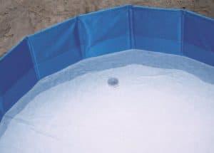 wateraftapventiel van hondenzwembad